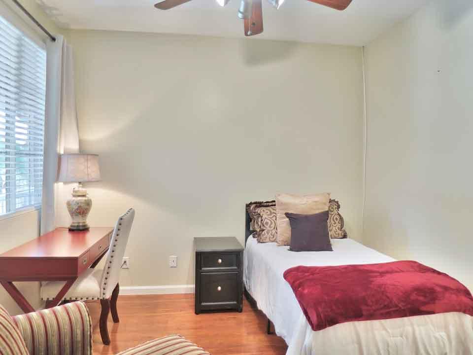 Bradshaw-Bedroom-Office-3